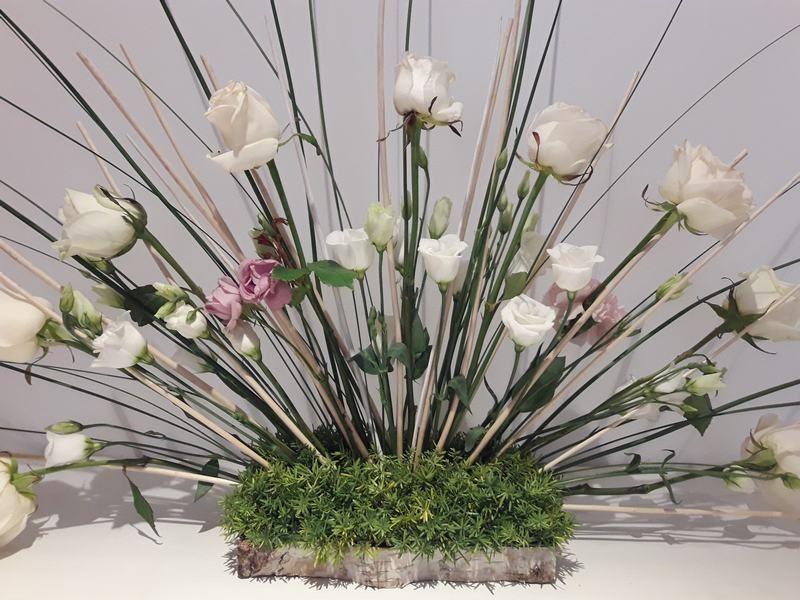 Rosas y Tallos arreglo floral. Aprende paso a paso