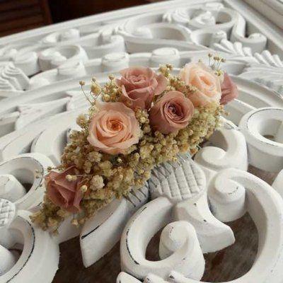 Tocado rosas preservadas